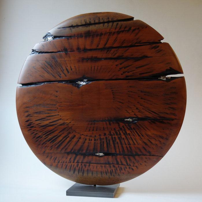 SANS TITRE 1 / Acajou métal / diamètre51 cm / 700 €